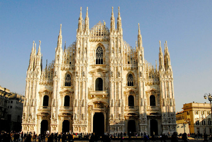 http://www.travelkiki.com/files/1/Photos/blog/Church/Milan1.jpg